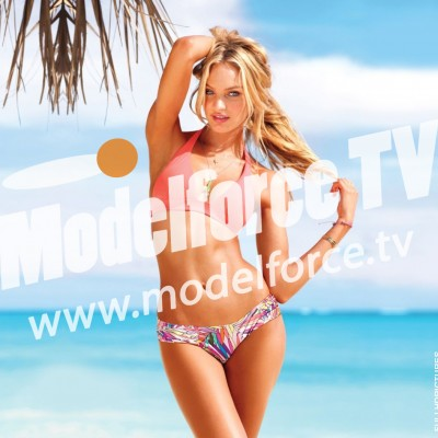 Magnificent-Candice-Swanepoel-Wallpaper
